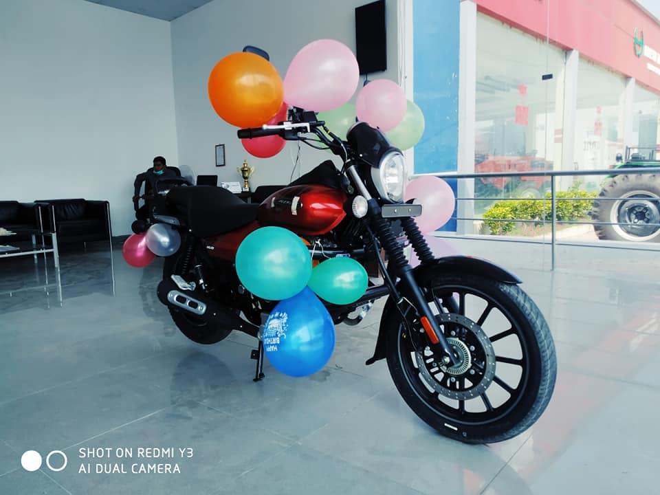 Bajaj Avenger 160 Street ABS launching program